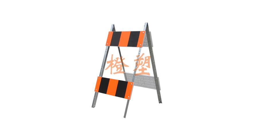 镀锌A型支架护栏-2